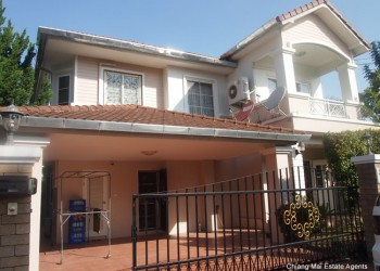 Thumb 4 Bedroom house for Rent in Home in Park
