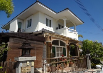Thumb Comfortable Furnished House For Sale in Thareena