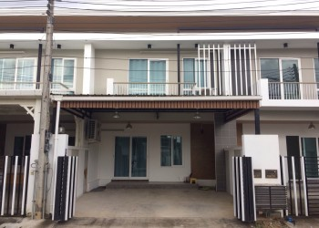 Thumb Townhouse For Rent In Kankanok