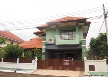 Thumb Colorful House for Rent in Hang Dong