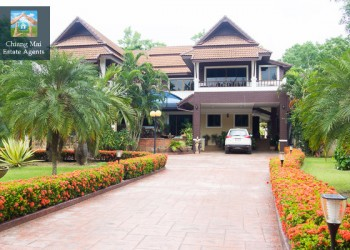 Thumb Spacious 4 Bedroom House for Sale in Saraphi, Chiang Mai