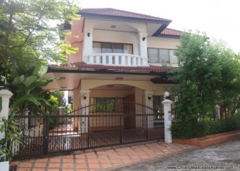 Thumb 3 Bedroom Home for Rent Close to the City
