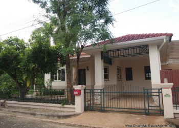 Thumb 3 Bedroom Bungalow in Land and House
